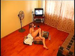 Amateur girl masturbates watching porn